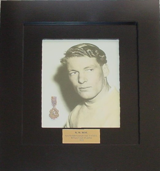roe william leitch medal.JPG